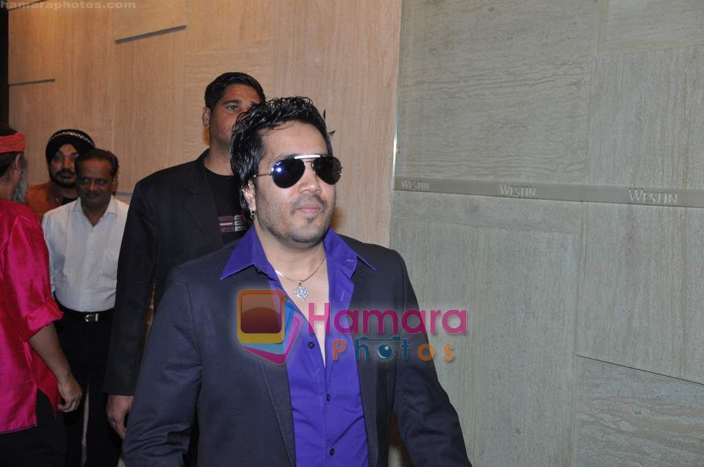 Mika Singh at Westin Hotel New Year's bash in Goregaon on 1st Jan 2011