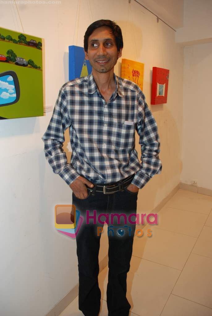 at Bi-Scope exhibition by Maushmi Ganguly and Arpan Sidhu in Hirjee Gallery on 5th Jan 2011