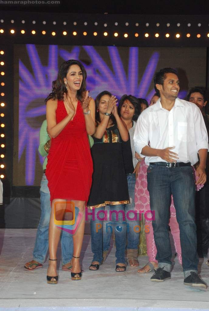 Mallika Sherawat at Chak Dhom Dhoom Season 2 press meet in Taj Land's End on 12th Jan 2011