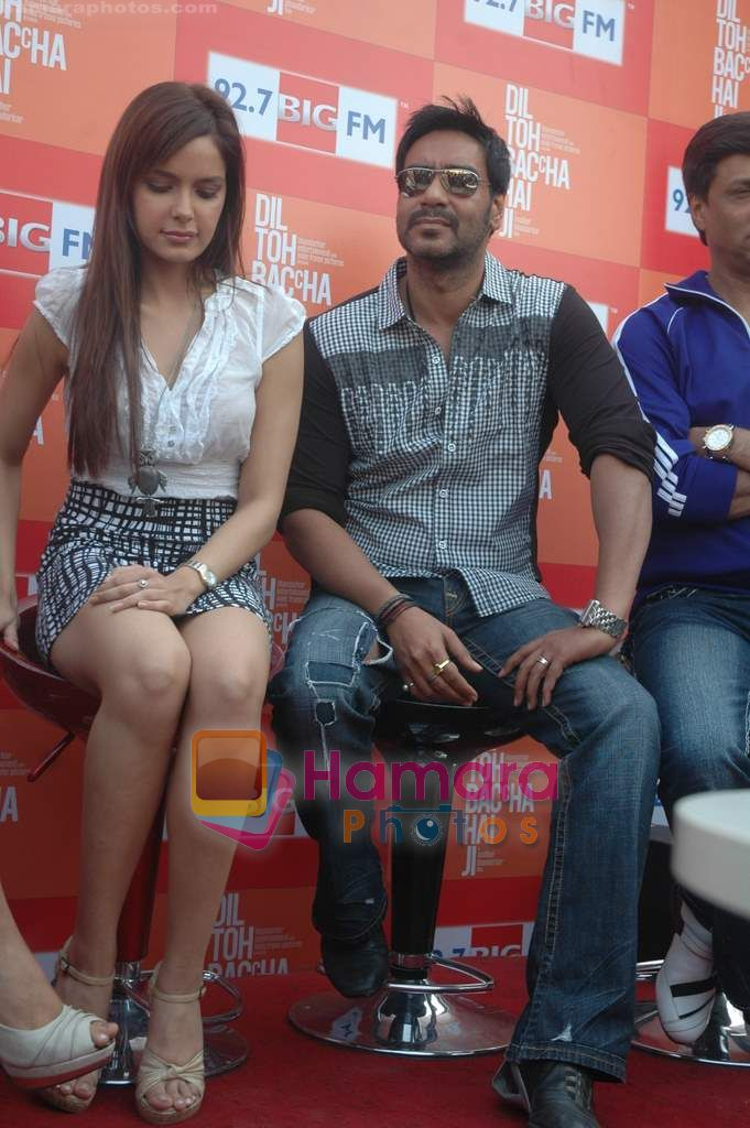 Shazahn Padamsee, Ajay Devgan at Dil to Baccha Hai Ji kite flying event in Big FM, Andheri on 12th Jan 2011