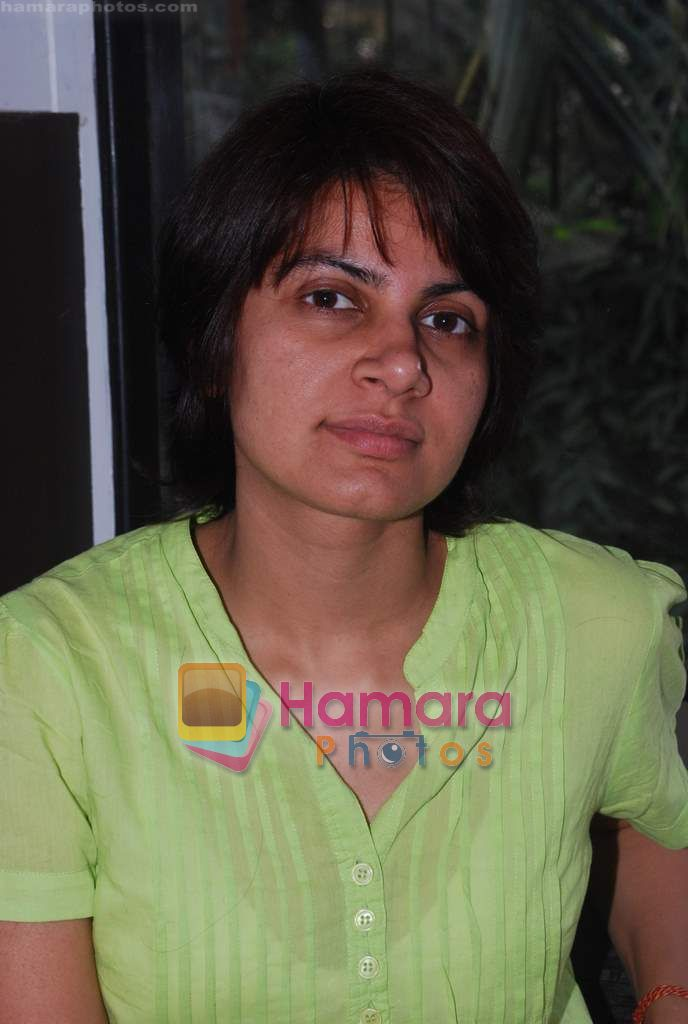 promote Turning 30 in a spa at Bandra, Mumbai on 12th Jan 2011