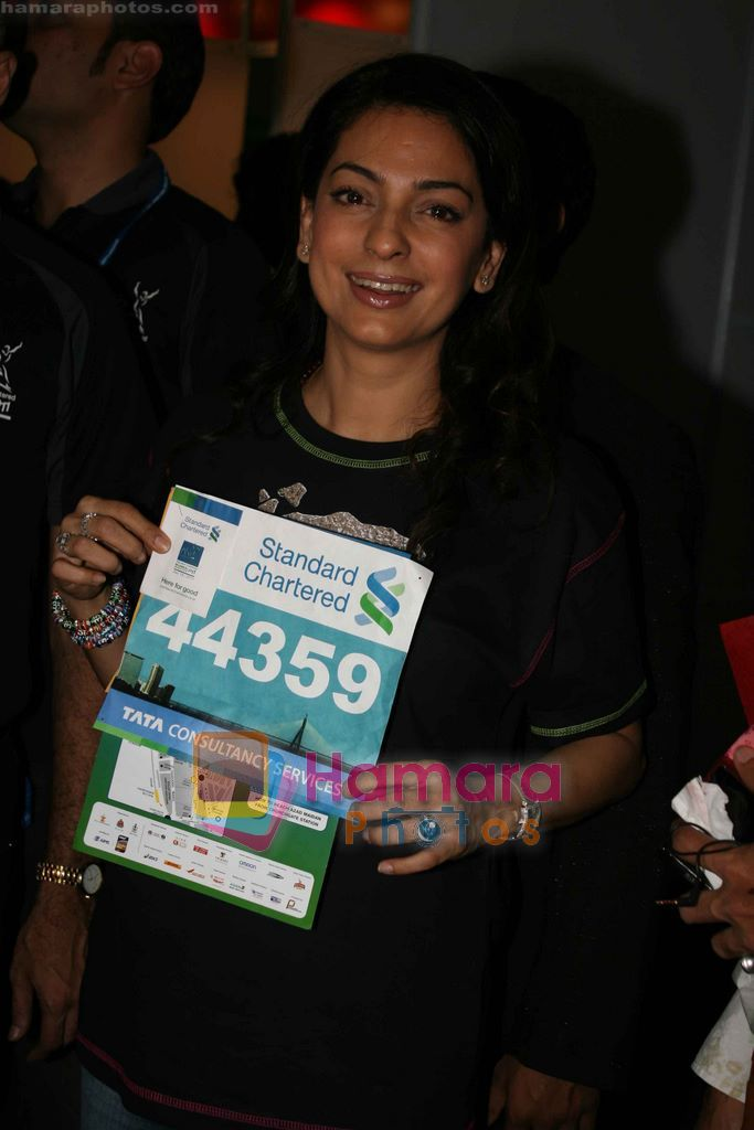 Juhi Chawla at Standard Chartered Mumbai Marathon event in Mumbai on 12th Jan 2011