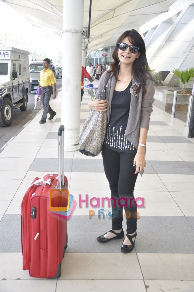 Aanchal Kumar spotted at airport in Mumbai Airport on 14th Jan 2011