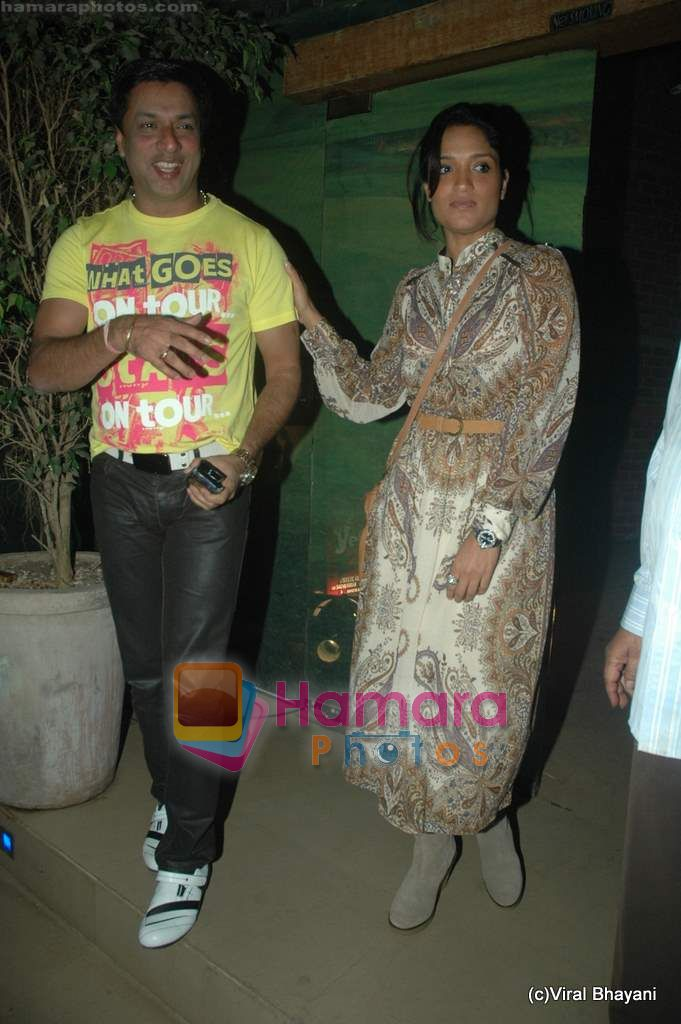 Madhur Bhandarkar at Yeh Saali Zindagi music launch in Marimba Lounge on 13th Jan 2011