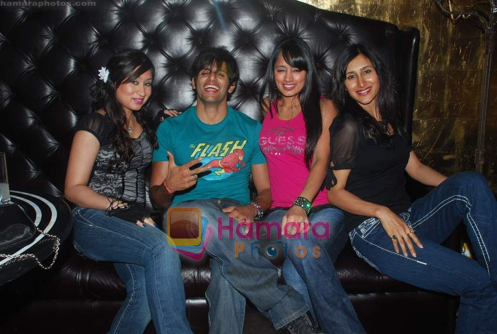 Teejay Sidhu at Ashmit Patel's birthday bash in Veda on 13th Jan 2011