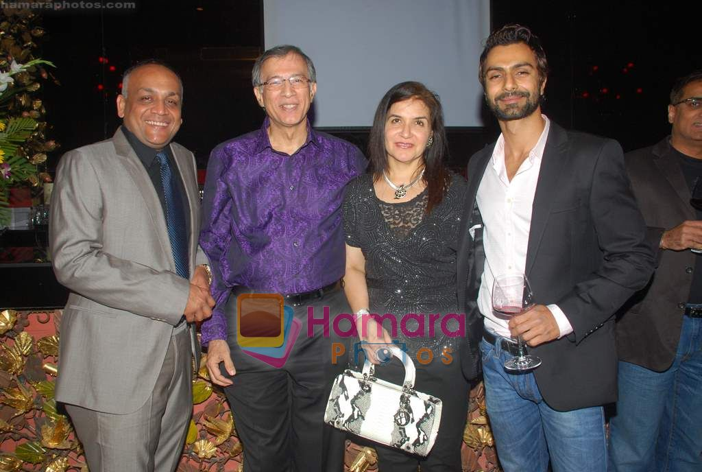 Ashmit Patel at Ashmit Patel's birthday bash in Veda on 13th Jan 2011