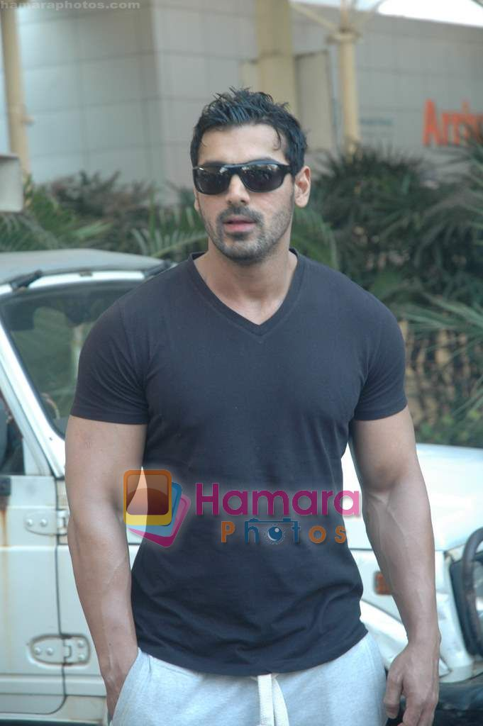 John Abraham Snapped Early Morning Back From A Domestic