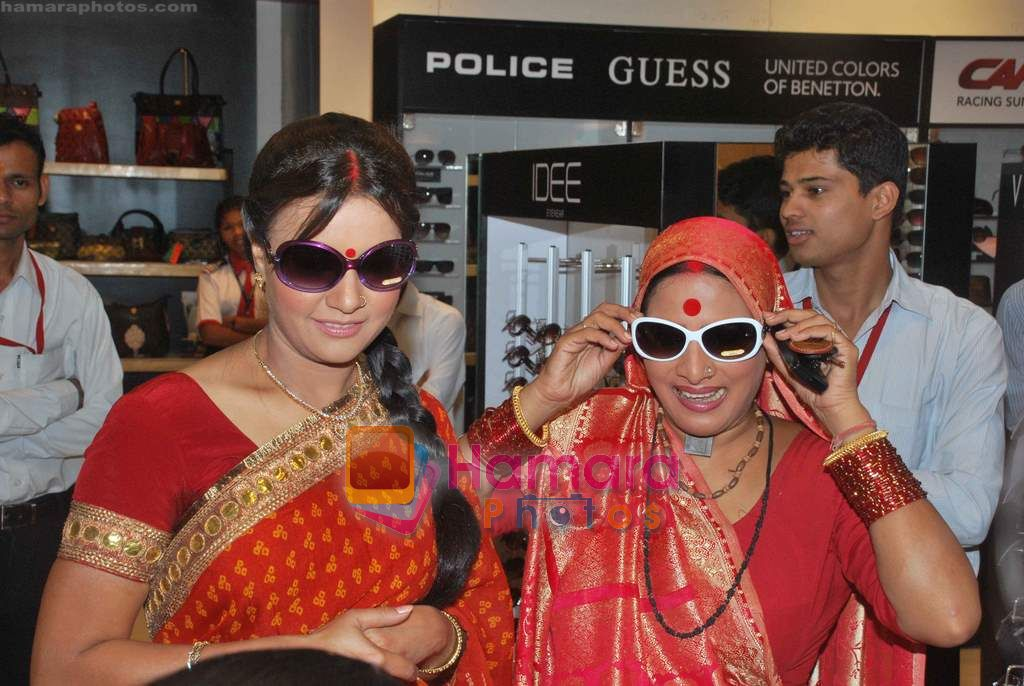 Sucheta Khanna at Oberoi Mall Women's day event in Oberoi Mall on 4th March 2011