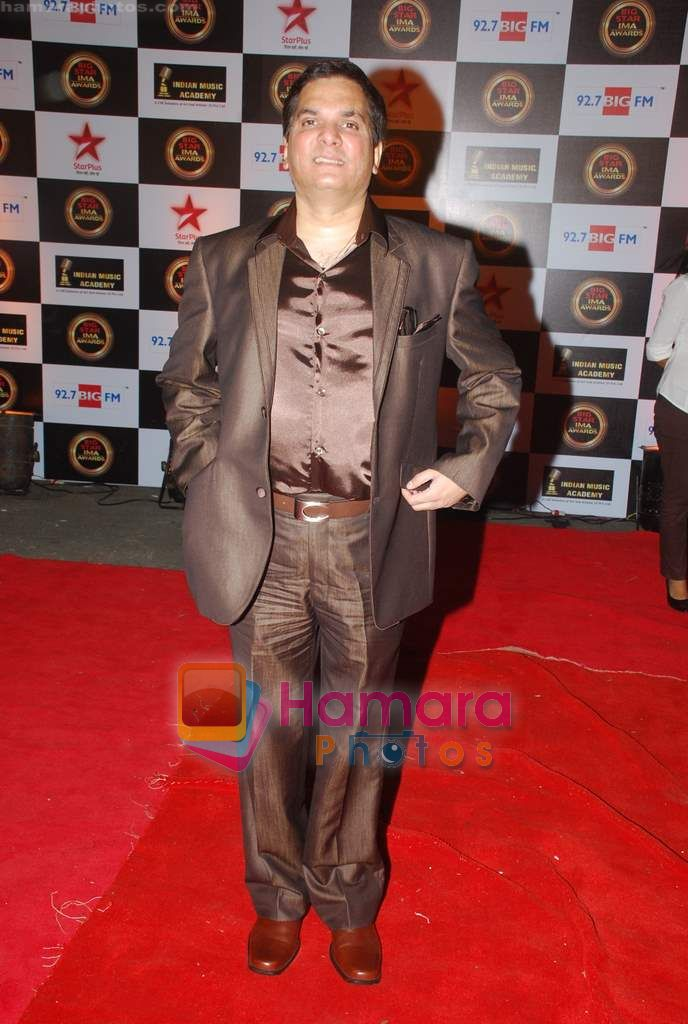 Jatin Pandit at Big Star IMA Awards red carpet on 11th March 2011