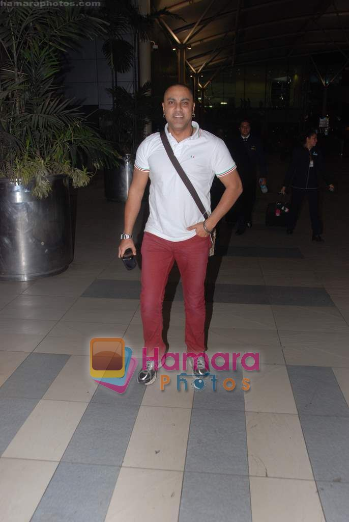 Baba Sehgal in Mumbai Airport on 18th March 2011