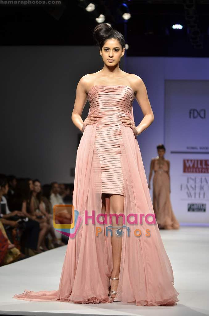 Model walks the ramp for Komal Sood show on Wills Lifestyle India Fashion Week 2011 - Day 2 in Delhi on 7th April 2011