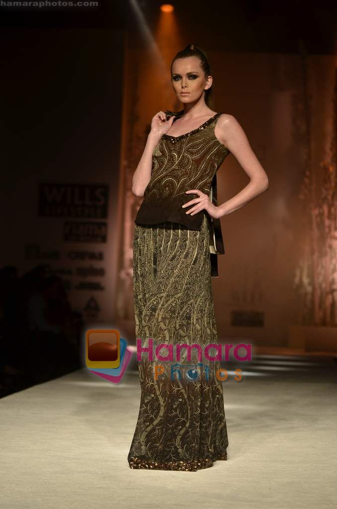 Model walks the ramp for Payal Jain show on Wills Lifestyle India Fashion Week 2011 - Day 2 in Delhi on 7th April 2011
