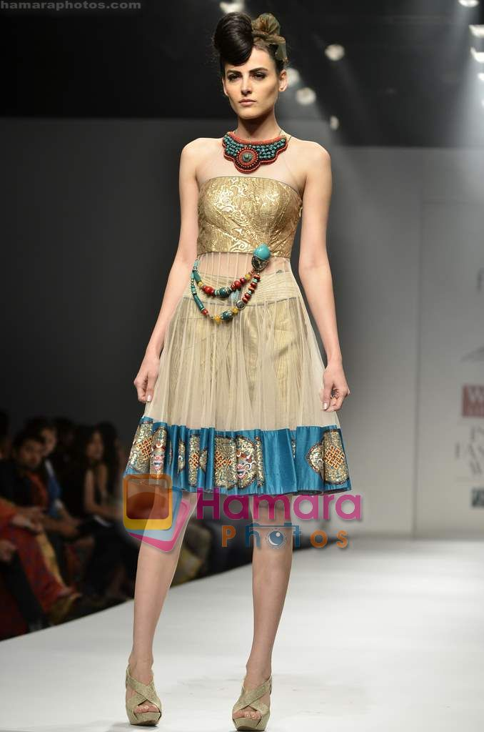 Model walks the ramp for Saaj By Ankita show on Wills Lifestyle India Fashion Week 2011 - Day 2 in Delhi on 7th April 2011
