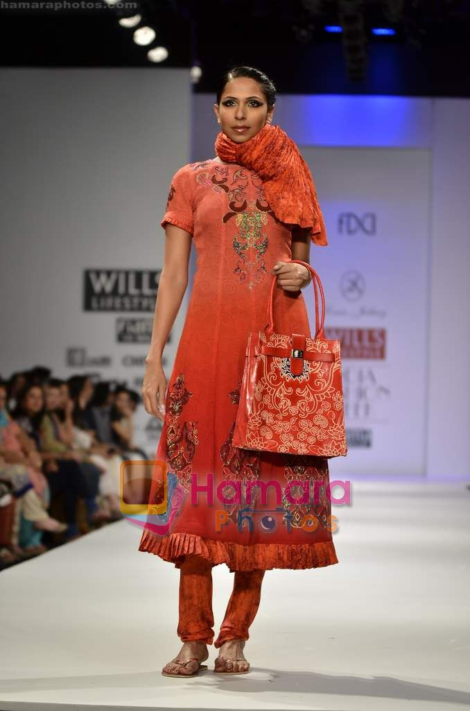 Model walks the ramp for Sonia Jetleey show on Wills Lifestyle India Fashion Week 2011 - Day 2 in Delhi on 7th April 2011