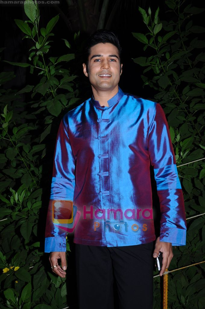 Rajeev Khandelwal on the sets of Soundtrack in Bandra, Mumbai on 9th April 2011
