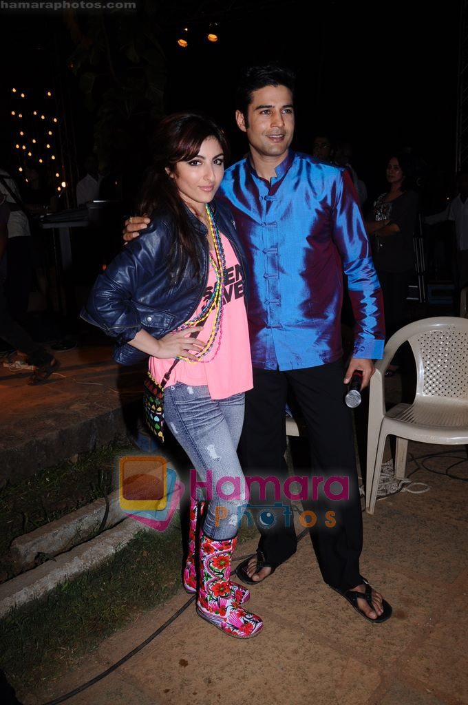 Rajeev Khandelwal, Soha Ali Khan on the sets of Soundtrack in Bandra, Mumbai on 9th April 2011