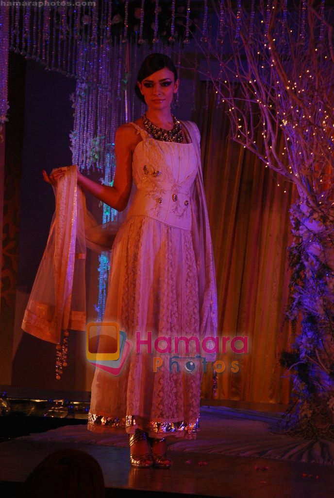 at Shane-Falguni show at Shehnaai 2011 in J W marriott, Juhu, Mumbai on 9th April 2011