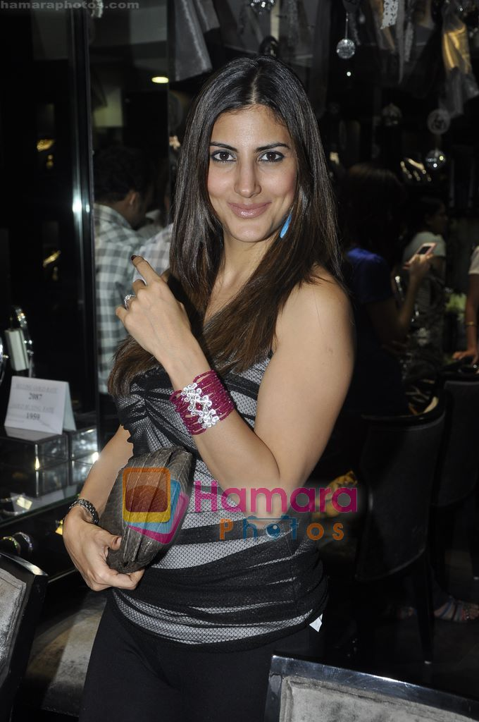 Perizaad Kolah at Gehna Jewellery 25th anniversary bash in Gehna, Bandra, Mumbai on 9th April 2011