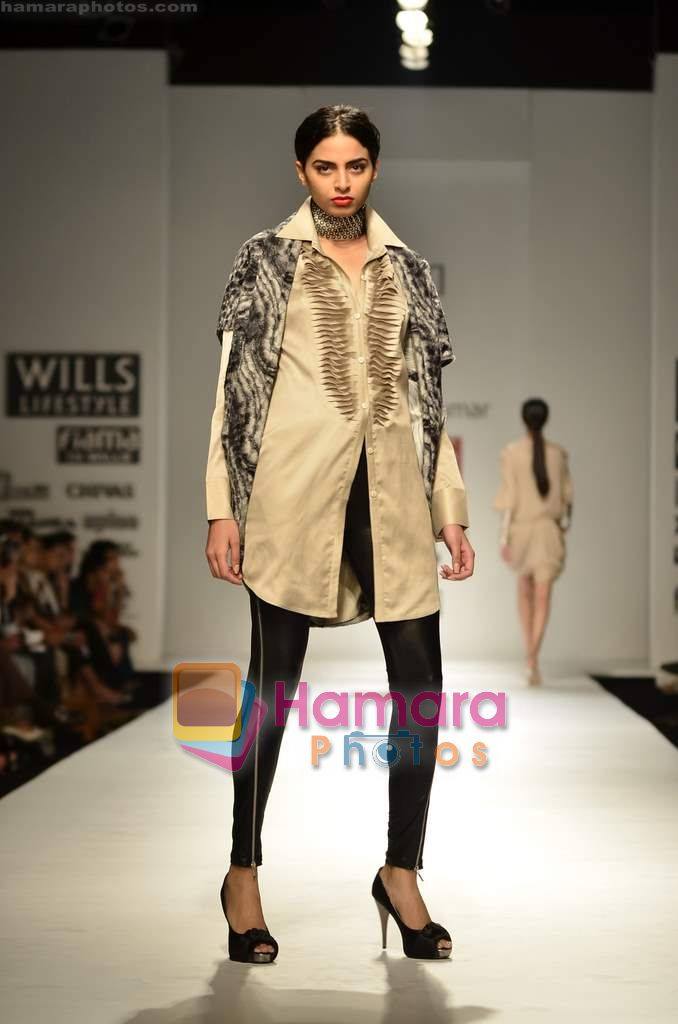 Model walks the ramp for Ritesh Kumar show on Wills Lifestyle India Fashion Week 2011-Day 5 in Delhi on 10th April 2011