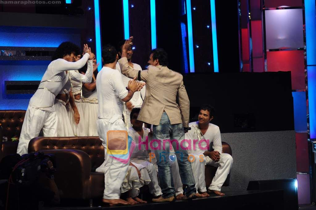 Remo D Souza  t Zee TV Dance Ke Superstars on 12th April 2011