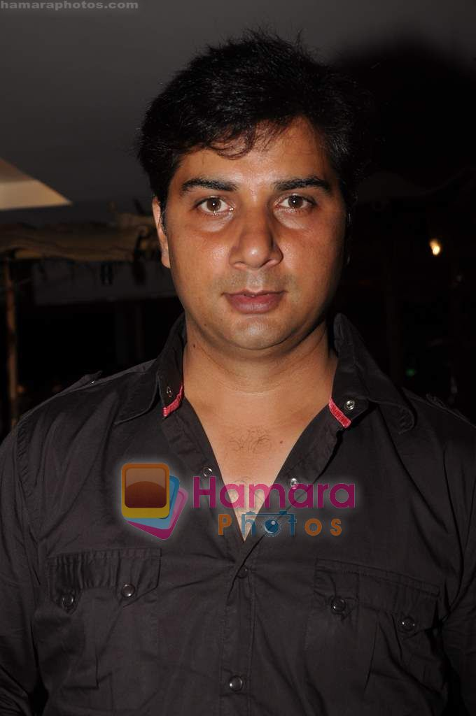Varun Badola at Bin Bulaye Baarati premiere in Cinemax on 16th June 2011