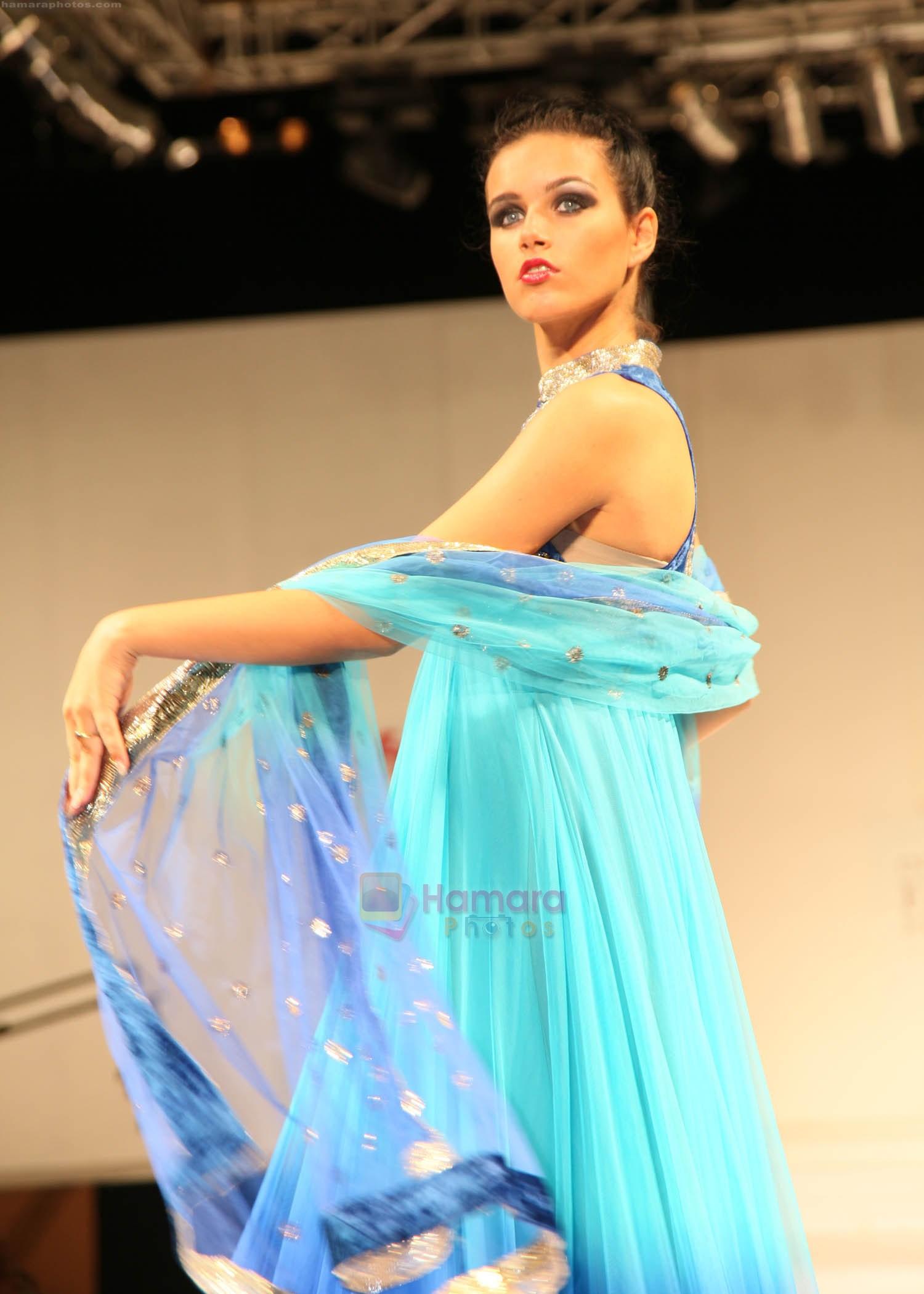 IIFT Best Fashion Designing colleges in bangaloreFashion 23