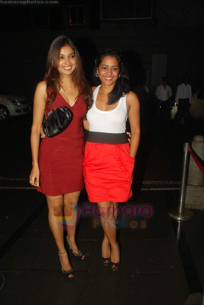 Shahana Goswami at Ra One Completion bash in Esco Bar on 31st July 2011