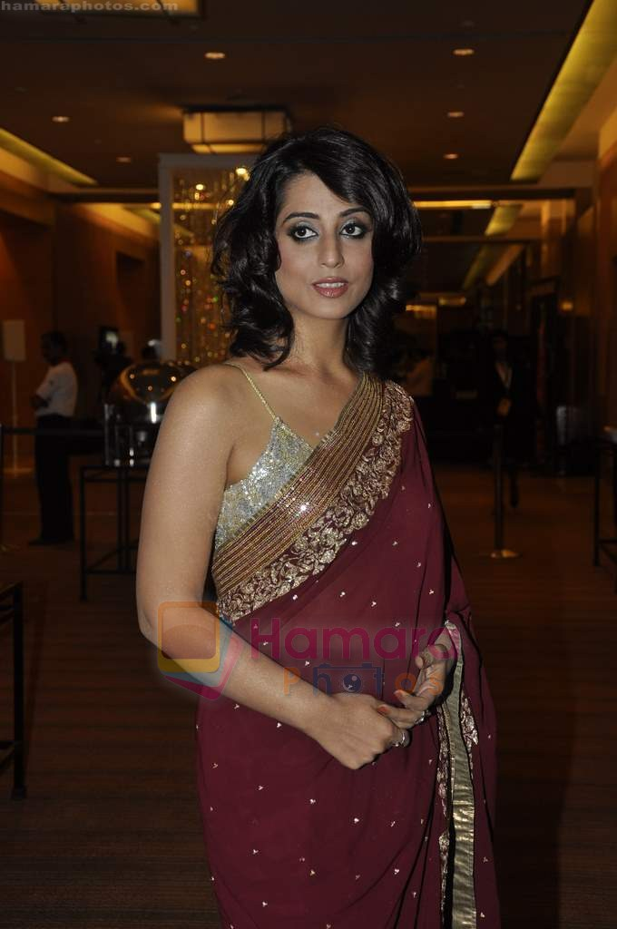 Mahie Gill at Beti Gitanjali Show at IIJW 2011 in Grand Hyatt on 31st July 2011