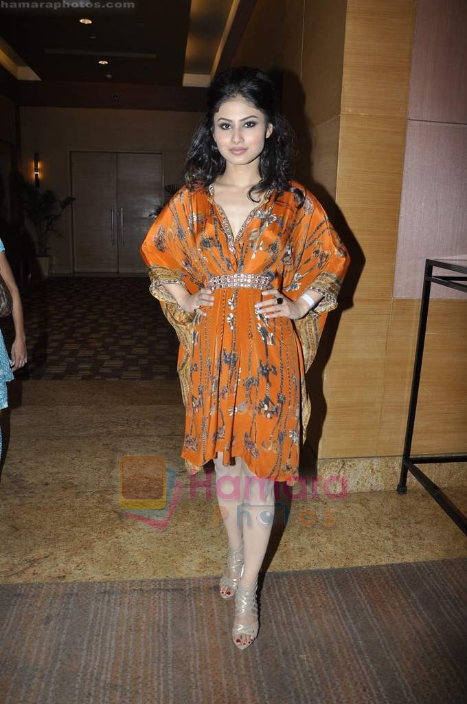 Mouni Roy at Beti Gitanjali Show at IIJW 2011 in Grand Hyatt on 31st July 2011