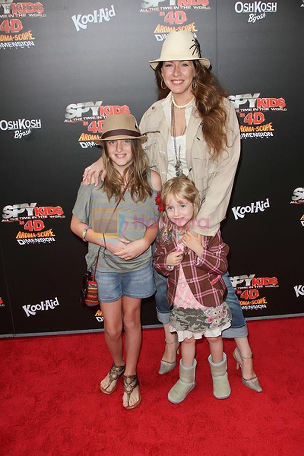 Joely Fisher arrives at the Spy Kids- All The Time In The World 4D Los Angeles Premiere on July 31, 2011 in Los Angeles, California