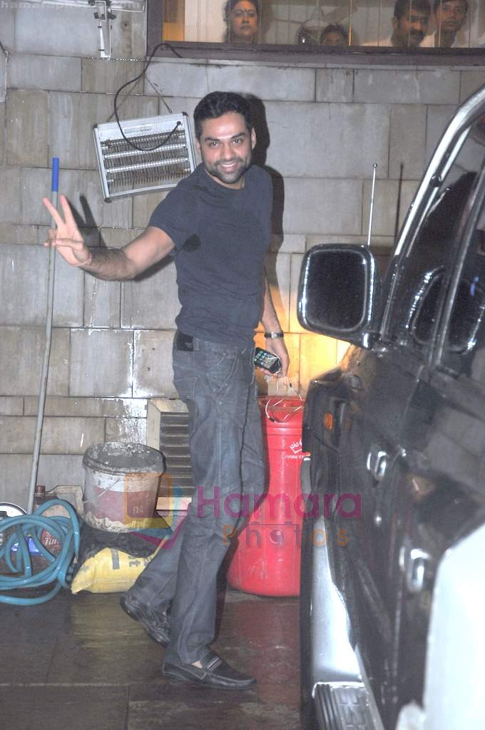 Abhay Deol snapped in Bandra, Mumbai on 1st Aug 2011