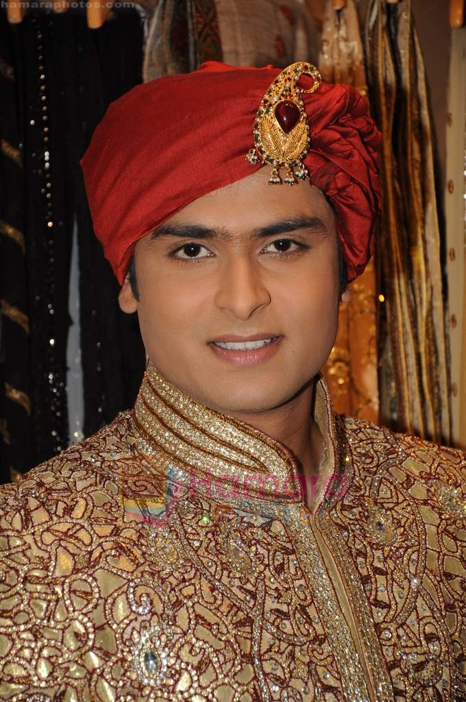 Shoaib Ibrahim on the sets of Sasural Simar Ka on 1st Aug 2011