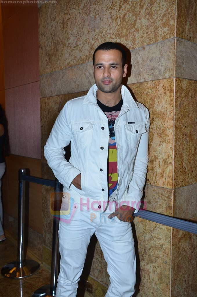 Rohit Roy on day 3 of IIJW 2011 in Grand Hyatt on 2nd Aug 2011