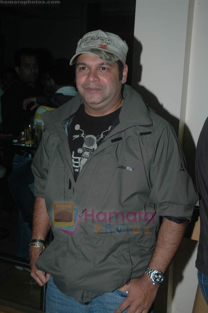 Suresh Menon at Entertainment Ke Liye Kuch bhi karega bash in Mumbai on 4th Aug 2011