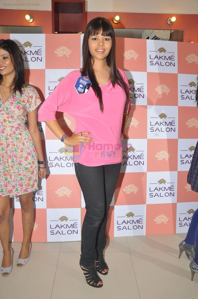 Miss Hyderabad Finalists at Lakme Salon on 26th September 2011