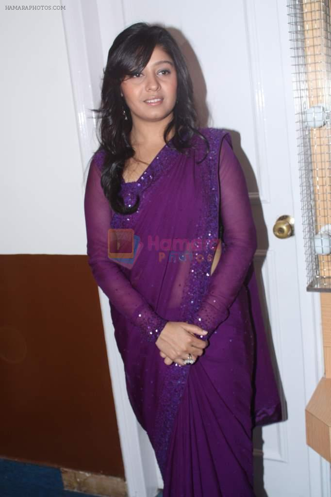 Sunidhi Chauhan at Lata Mangeshkar's birthday concert in Shanmukhanand Hall on 28th Sept 2011