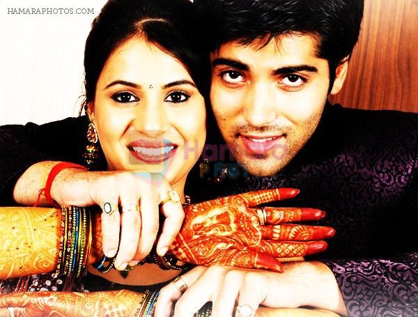 Kinshuk Mahajan got married to his girlfriend Divya Gupta ...