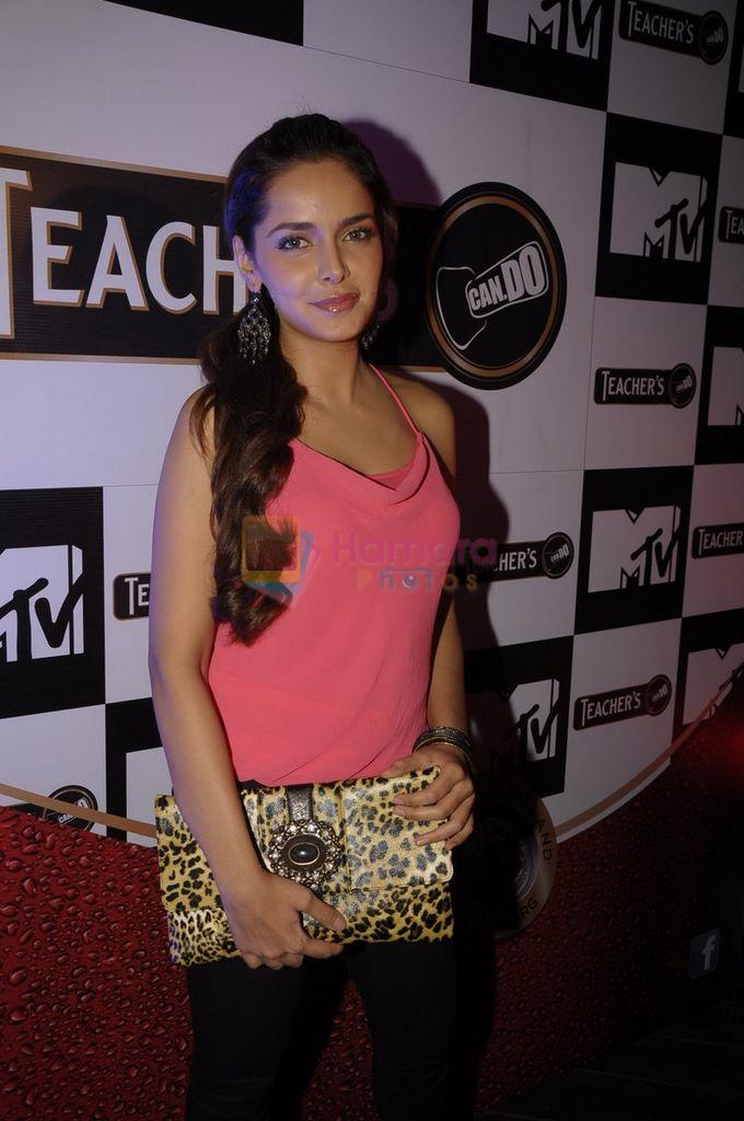 Shazahn Padamsee at Teachers scotch launch in Vie Lounge, Juhu, Mumbai on 25th Dec 2011
