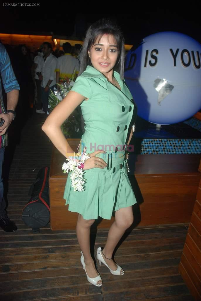 Tina Dutta at Nandish Sandhu's Bday party in Sheesha Lounge on 25th Dec 2011