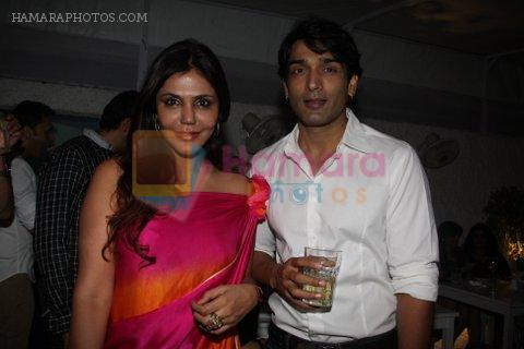 Nisha Jamwal at Rati Agnihotri's bash for son Tanuj in Bandra, Mumbai on 27th Dec 2011