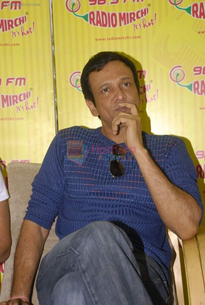Kay Kay Menon with the star cast of Chaalis Chaurasia at Radio Mirchi in Parel, Mumbai on 27th Dec 2011