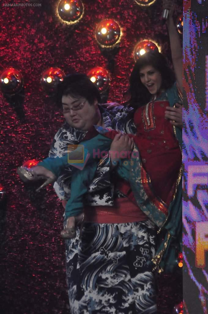 Sunny Leone, Yamamotoyama On the sets of Bigg Boss 5 with Players star cast on 31st Dec 2011
