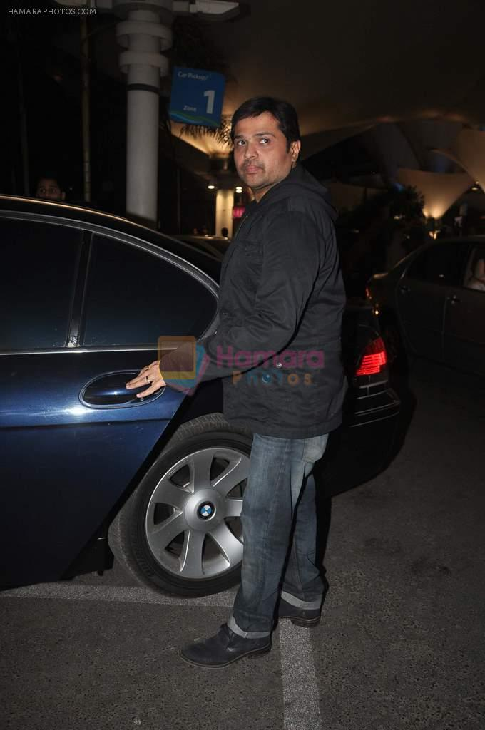 Himesh Reshammiya returns from their vacation on 2nd Jan 2012