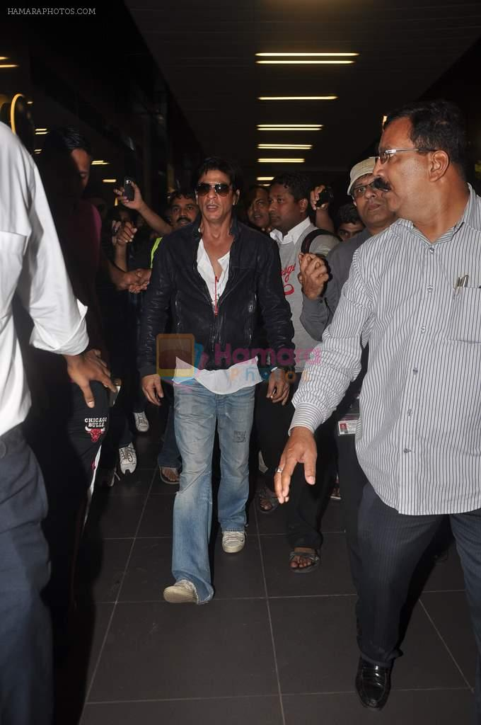 Shahrukh Khan return from Dubai on 3rd Jan 2012