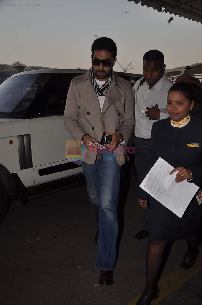 Abhishek Bachchan with Players stars snapped at airport in Mumbai on 3rd Jan 2012