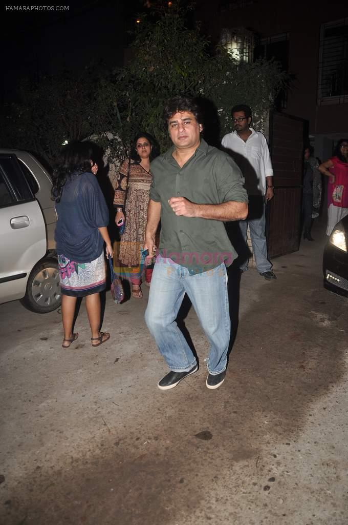 Ayub Khan at designer Niharika Khan's house bash in Yari Road on 3rd Jan 2012