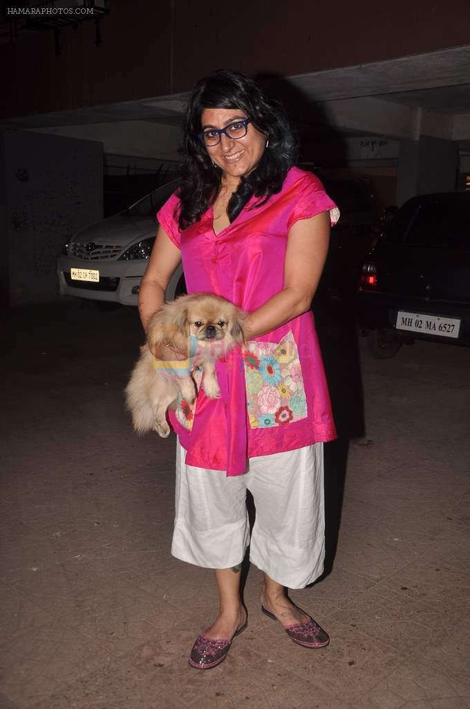 Niharika Khan at designer Niharika Khan's house bash in Yari Road on 3rd Jan 2012