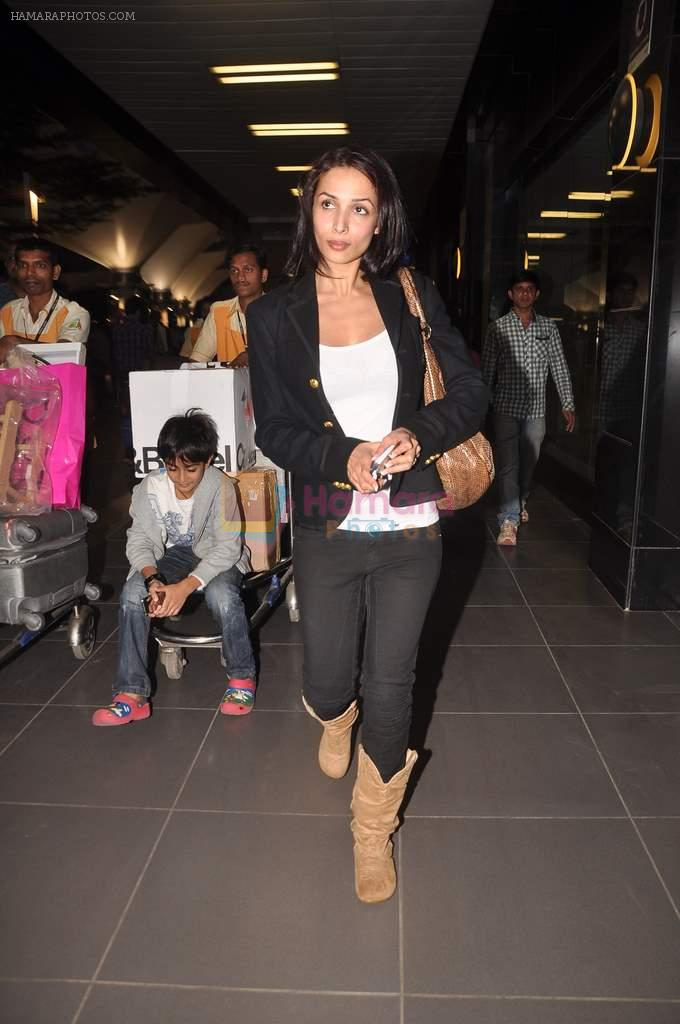 Malaika Arora Khan return from Dubai on 3rd Jan 2012
