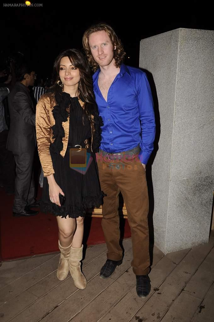 Shama Sikander, Alex O Neil at Mangiamo restaurant launch in Bandra, Mumbai on 3rd Jan 2012