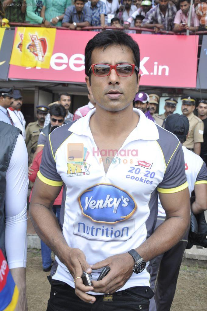Sonu Sood at MUmbai Heroes CCl match in Kochi on 23rd JAn 2012